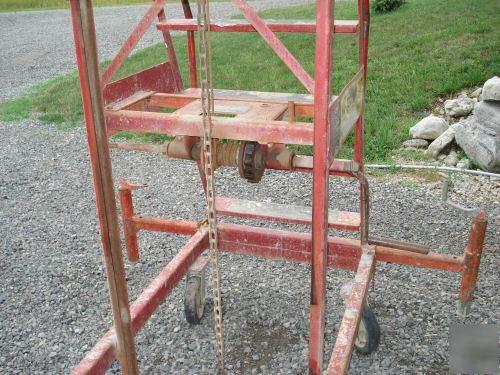 Hi-jacker man lift ladder jack crank up platform hoist