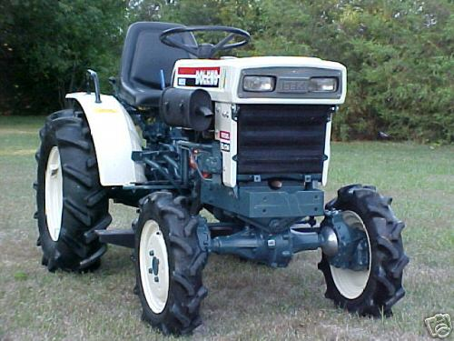 Bolens Tractor 4x4 : Bolens compact tractor and loader with snow bucket