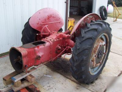 Ford 9n 2n Tractor Rear End Transmission Axle Hydraulic