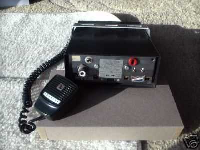 E. f. johnson messenger 123SJ cb radio