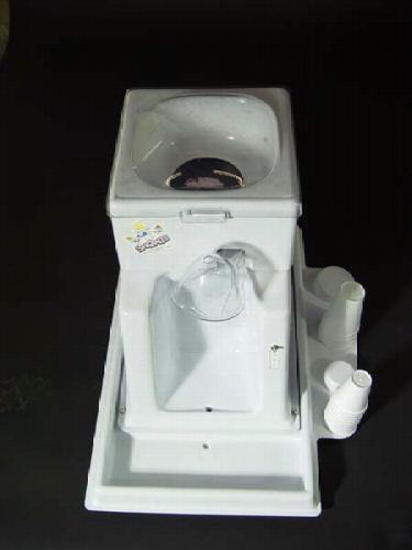 Like New Snowie 3000 Shaved Ice Machine Used 1 Month