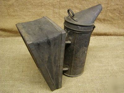 Vintage bee smoker A1 root co. antique smoker keeper