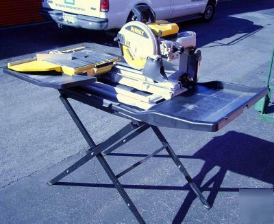Barely Used Dewalt D24000 Wet Tile Saw San Jose