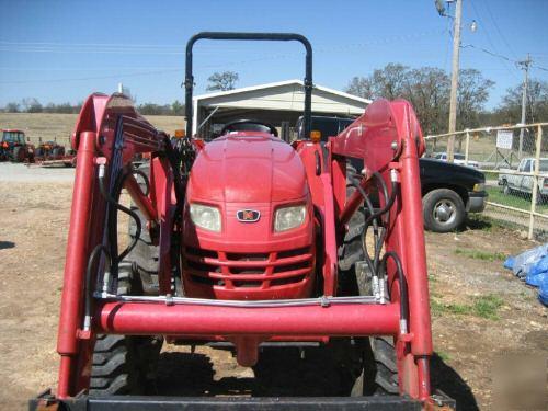 Mahindra 4110 Tractor  U0026 Loader 41 Hp  570 Hours