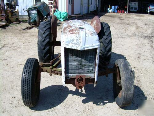 9n Ford Tractor >> Ford 9N tractor for parts,extra parts,engine