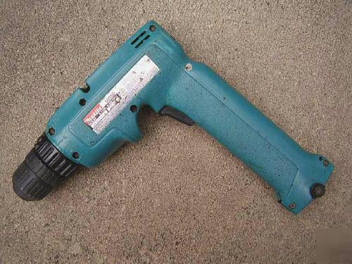 Makita drill 6095d - Makita 6095d disassembly - Fixya